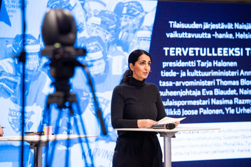 Helsingin kaupungin apulaispormestari Nasima Razmyar.